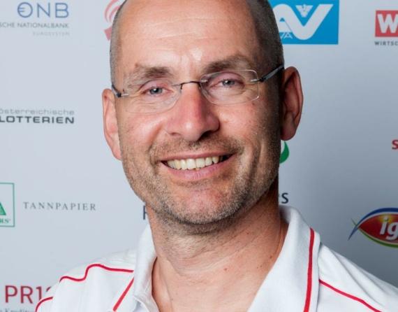 Christoph Etzlstorfer Innauer & (f)acts Keynote Speaker